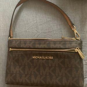 Micheal kors small bag